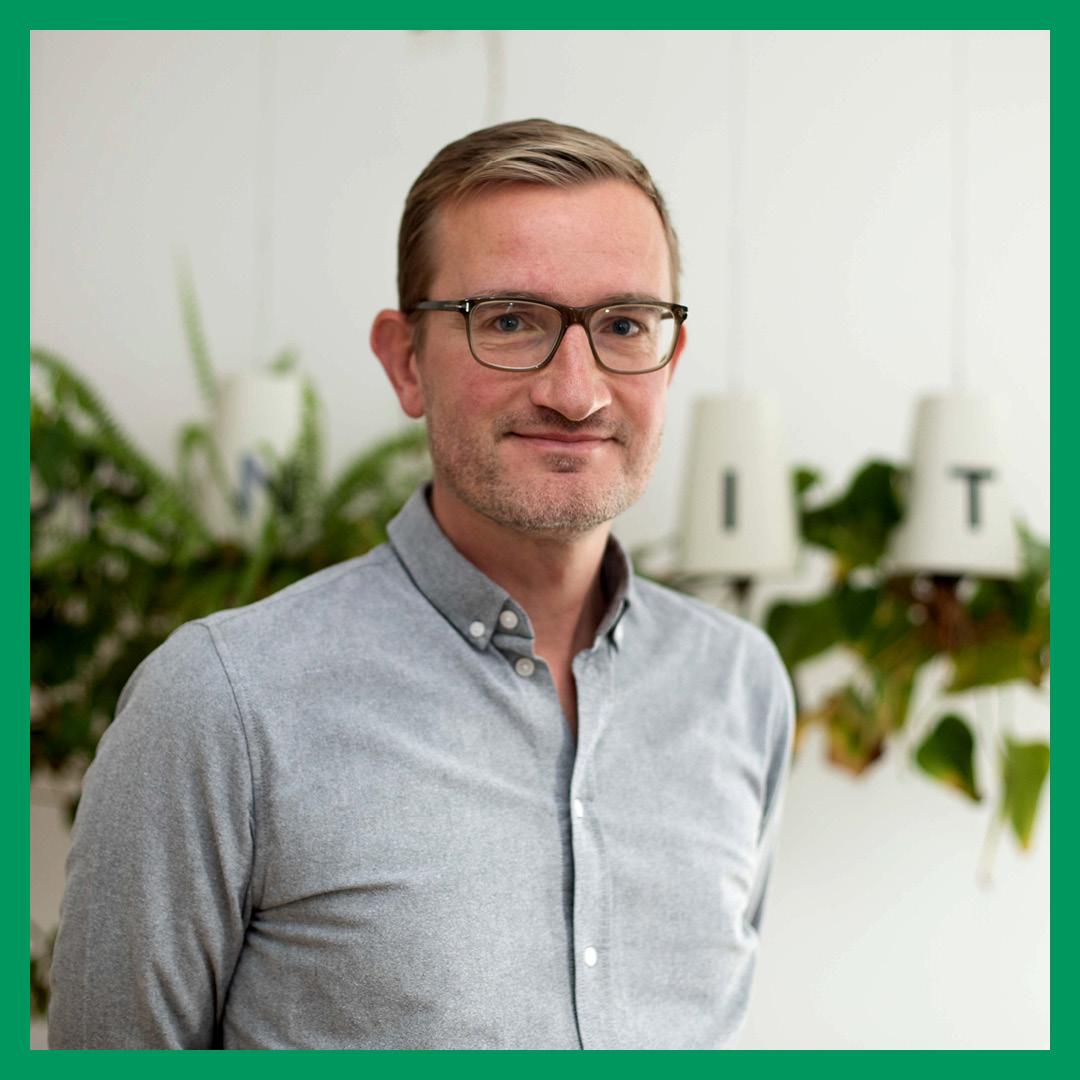 Grøn-insta-Michael-Minter-portrætfoto